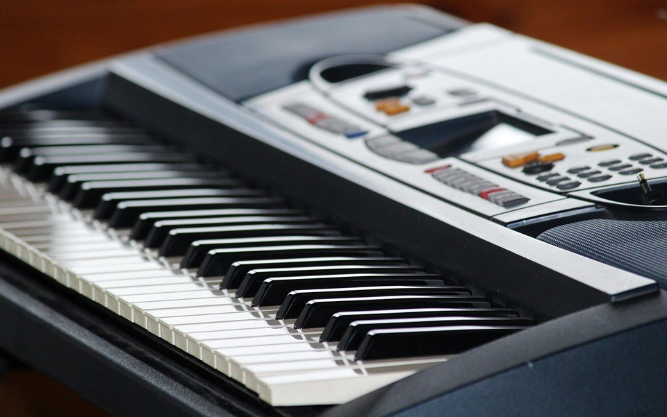 Clean Piano Keys and Keyboards