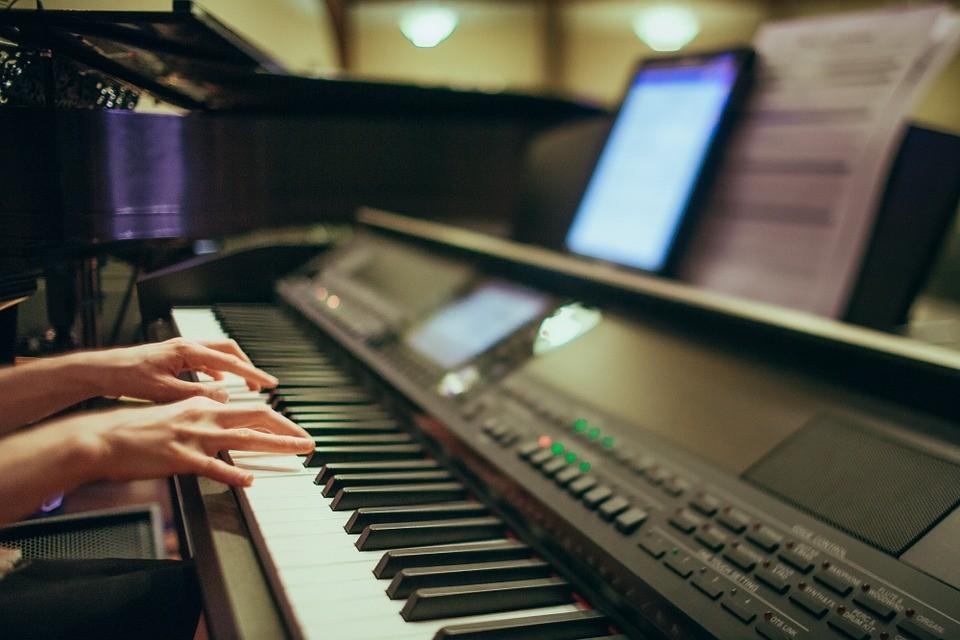 Improve Piano Playing Skills