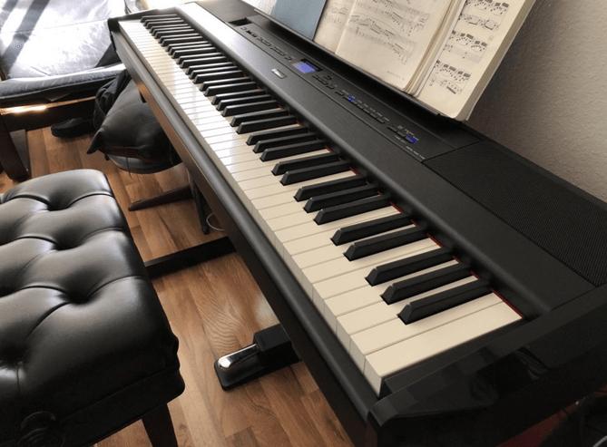 Yamaha P515 Piano
